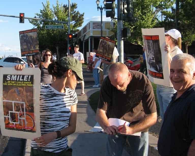 Circus Protest 2009